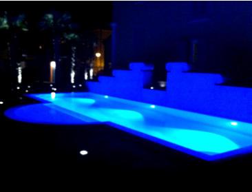 Fari subacquei per piscine lampade colorate e led per piscina