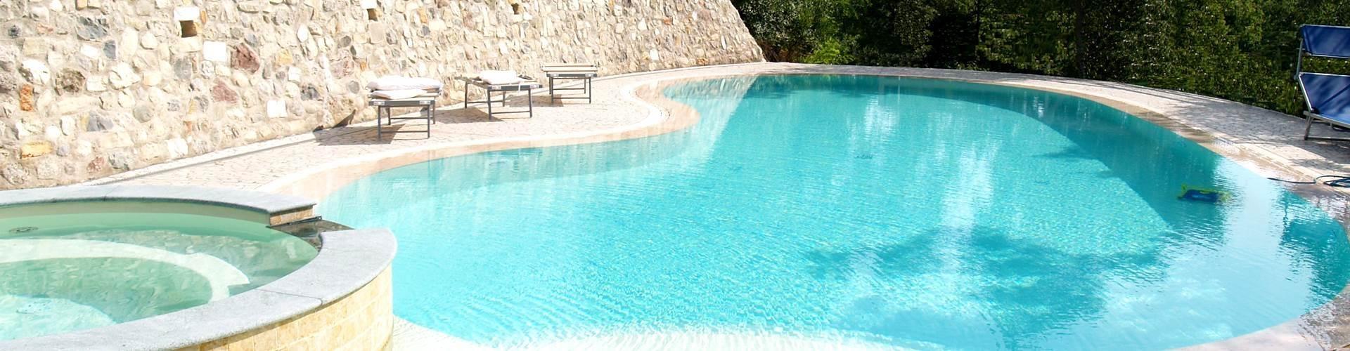 Piscine chiavi in mano costruzione piscine a mantova mn - Costruzione piscine brescia ...